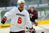S hokejovou Spartou přijede do Nymburka i Martin Ručínský