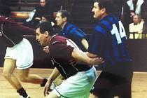 LADISLAV BOBEK (vpravo) jako aktivní hráč