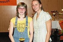 Anežka Nováková s  první dámou českého dálkového plavání a jistou účastnicí olympijských her v Londýně Janou Pechanovou