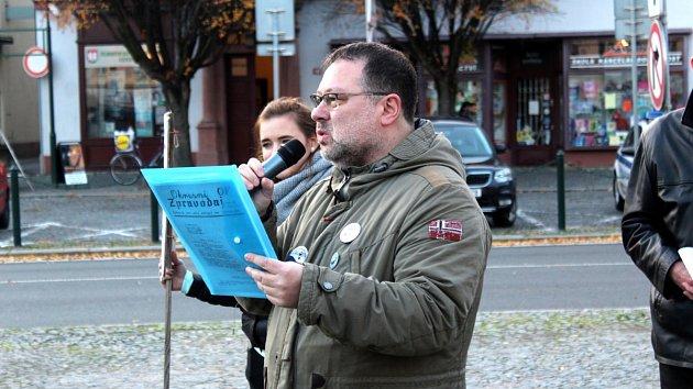 Na nymburském náměstí vzpomínali zakladatelé Občanského fóra