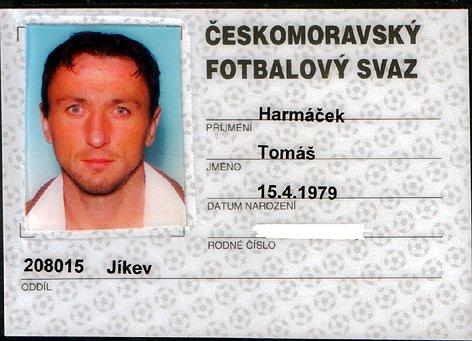 Registrační průkaz Tomáše Harmáčka, na kterém je vyfocen Tomáš Harant.