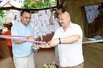 V chlebské zoo otevřel pavilon surikat Zdeněk Izer