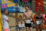 Moderátor rádia Evropa 2 Jakub Štěpán v akvaparku Aquapalace Praha v Čestlicích na Praze-východ moderoval mistrovství republiky v rychlostní jízdě na tobogánu.