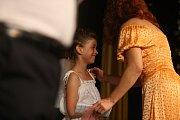 Finálový večer Miss Polabí se konal v poděbradském divadle.