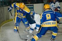 Z hokejového derby druhé ligy Nymburk - Kolín (5:0)
