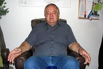 Ředitel Ústavu organické chemie a biochemie Akademie věd České republiky Zdeněk Havlas v redakci Nymburského deníku.