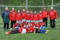 POSTOUPILI NA REPUBLIKU. Fotbalový výběr okresu Nymburk kategorie U12 postoupil z poděbradského klání na republikový šampionát