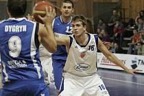 Z basketbalového utkání Mattoni NBL Poděbrady - Opava (77:83)