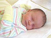 ANIKA FRANČÍKOVÁ se narodila 28. dubna 2018 v 11.43 hodin s délkou 49 cm a váhou 3 250 g. Prvorozenou dceru dostal tatínek Vlastislav k svátku. S maminkou Janou bydlí v Seleticích.