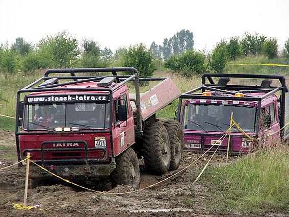 Trucktrialový závod v Milovicích.