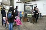 Z právě otevřené výstavy Jaro na vsi v přerovském skanzenu