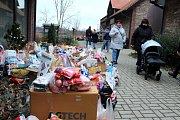 Na akci Vánoce zvířátek do Záchranné stanice na Huslíku dorazily stovky lidí s dobrotami.