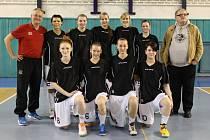 JDOU DO BOJE. Basketbalistky Nymburka postoupily přes silnou Olomouc do jobů o první ligu. Soupeřem jim bude družstvo Ústí nad Labem