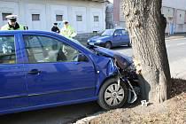 Při dopravní nehodě blízko nymburského Alberta se zranila žena.