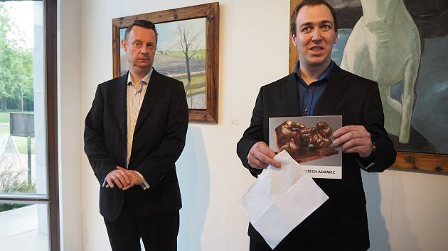 Adamcovi vystavují v poděbradské galerii.