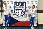 Mistryně světa. Dominika Martínková (vlevo) a Viktorie Dušánková se mohou chlubit zlatou medailí ze světového šampionátu v pole dance, který se konal na Floridě.