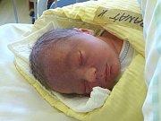 VINCENT GRANÁT se narodil 20. března 2018 v 5.47 hodin s délkou 51 cm a váhou 3 580 g. Radují se z něj rodiče Michael a Zuzana z Poděbrad a bráškové Jonáš (8) a Jáchym (5).