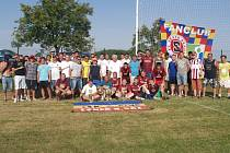 FANOUŠCI Sparty Praha si zahráli turnaj v malé kopané na hřišti v Opolanech