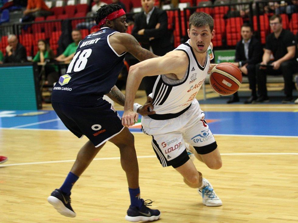 Finále. Basketbalisté Nymburka se postaví v boji o titul děčínským Válečníkům. Favorit je jasný