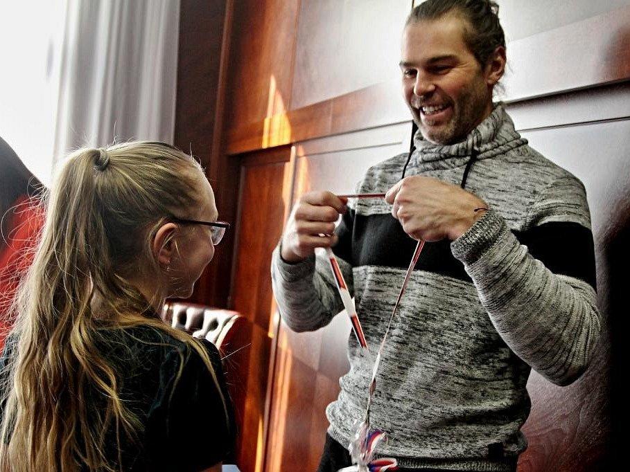 Mladým sportovním nadějím gratulovala hejtmanka Jaroslava Jermanová Pokorná i Jaromír Jágr.