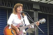 Hostem byla i frontmanka skupiny Schovanky Liduška Helligerová