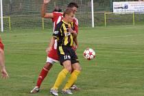 Z fotbalového střetnutí divizní skupiny B Litol - Zápy (1:2)