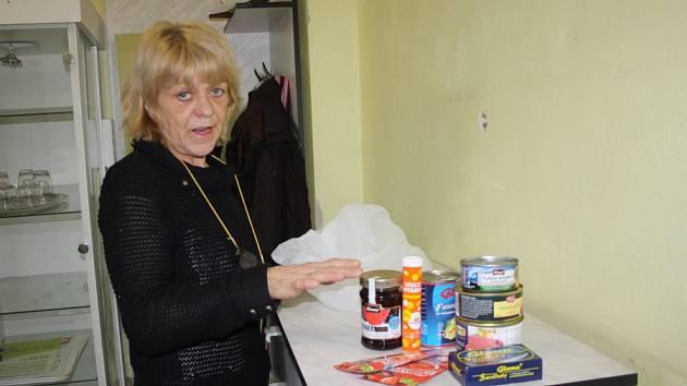 Potravinové balíčky pro nejchudší se rozdávají v Nymburce