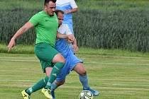 Z fotbalového utkání radimské Letní ligy Tatce - Nučice (2:3)