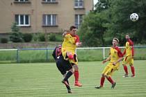 Z fotbalového utkání okresního přeboru Libice nad Cidlinou - Kostelní Lhota (0:4)