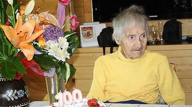 Marie Zenklerová z Hradištka oslavila v sobotu stovku.
