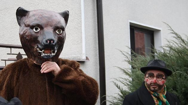 Masopustní průvod v Přerově nad Labem vyrazil už pošesté.