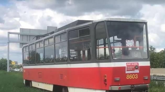 Tramvaj v blízkosti dálnice zatím nabízí jen otazníky