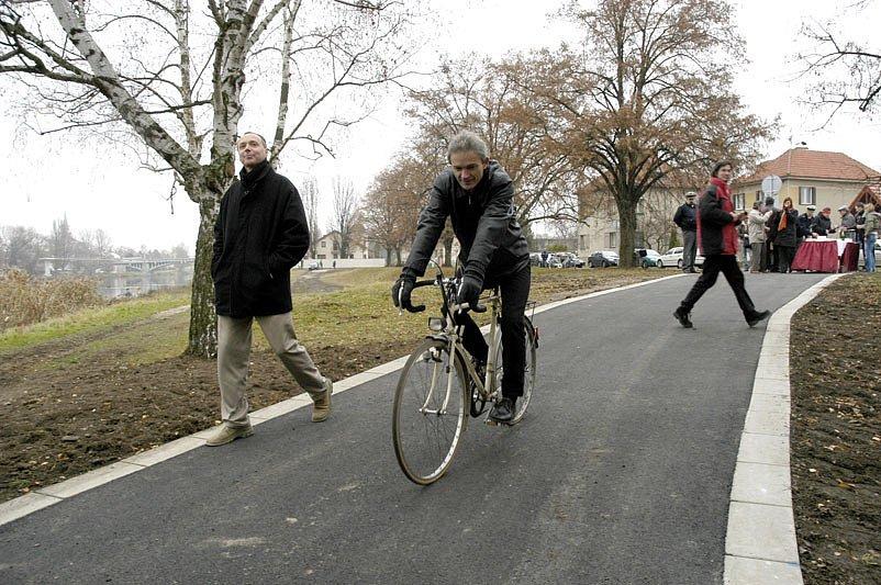 V Nymburce byla otevřena další část cyklostezky.