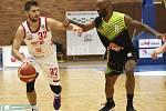 Z basketbalového utkání Nymburk - Ústí nad Labem (102:78)