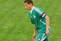 ROZHODL. Semický kapitán Michal Koštíř rozhodl okresní derby krajského přeboru s Polabanem. Dal dva góly.