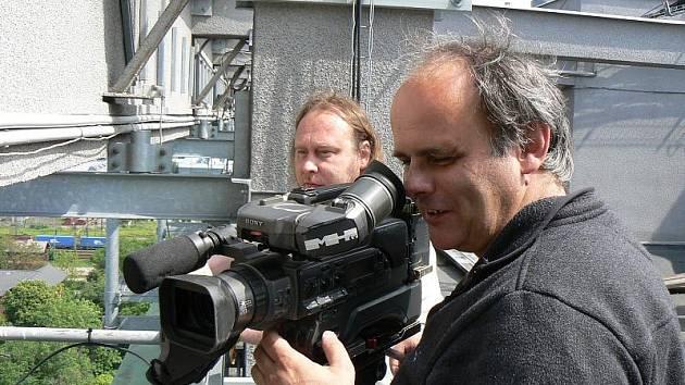 Natáčení dokumentu v Nymburce na střeše bývalého COPu