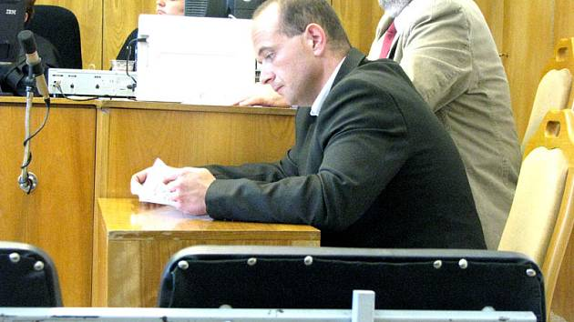 Martin Rogl (na snímku) stojí před soudem kvůli výrobě a distribuci drog