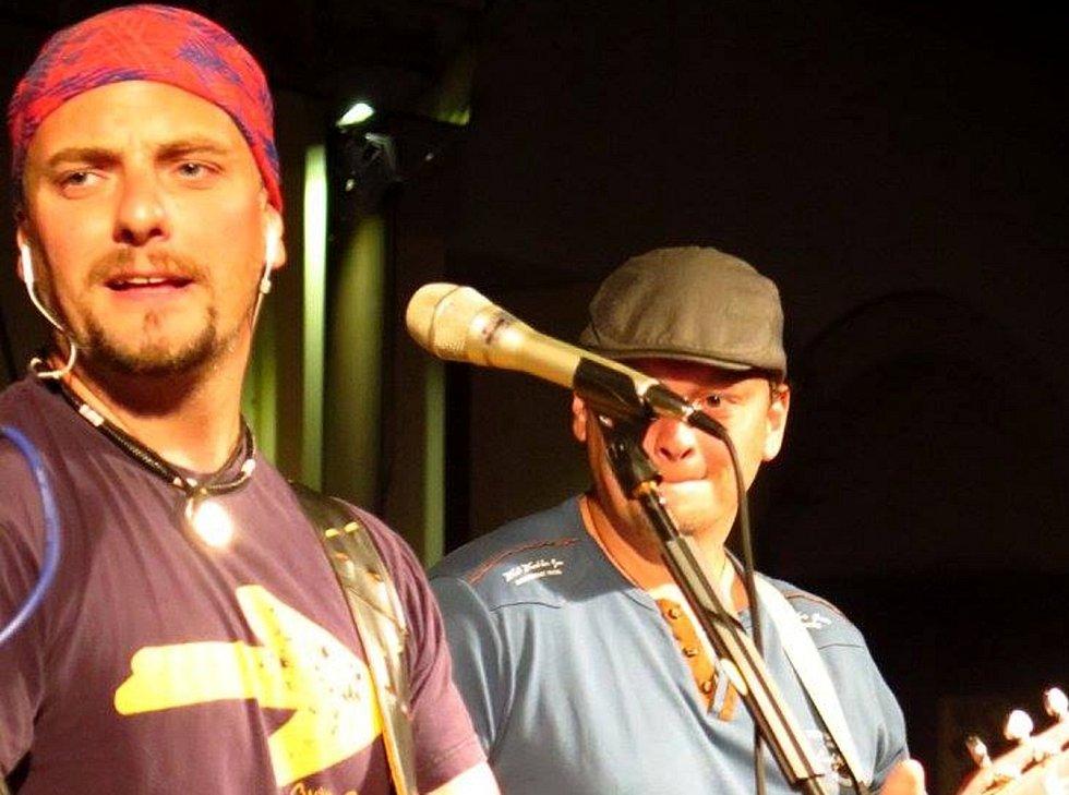 Jaroslav kříž, frontman kapely Crossband.