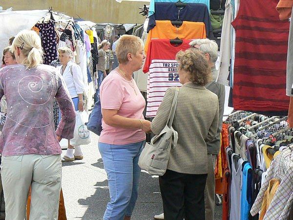 Zda si místní zvyknou na nové prostředí tržnice, ukáže čas.