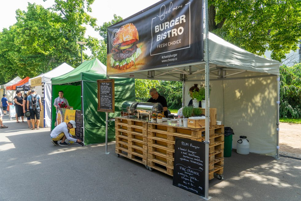 Street food piknik si užili obyvatelé i návštěvníci Poděbrad.