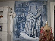 Zámek Křinec na Nymbursku ukrývá klenot v podobě unikátních modrých nástěnných maleb.