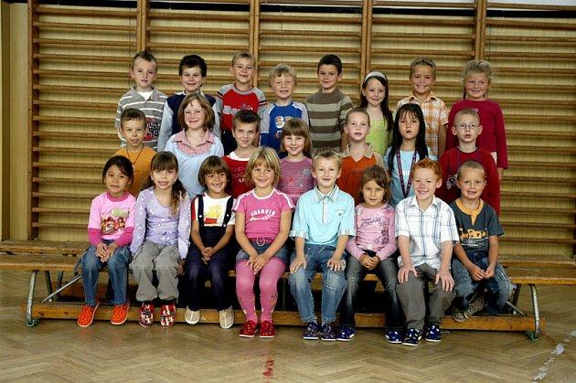 1.B Základní školy Letců R.A.F. v Nymburce