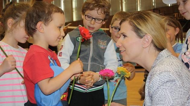 Sportovní den na Tyršáku s ministryní Kateřinou Valachovou