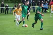Z fotbalového utkání divizní skupiny B Polaban Nymburk - Hostouň (0:3)