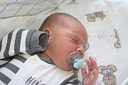 NYMBURÁK ONDRA. ONDŘEJ SEIFERT se narodil 13. května 2017 v 6.52 s mírami 3 240 g a 47 cm. Rodiče Pavlína a Tomáš už mají Sofii.