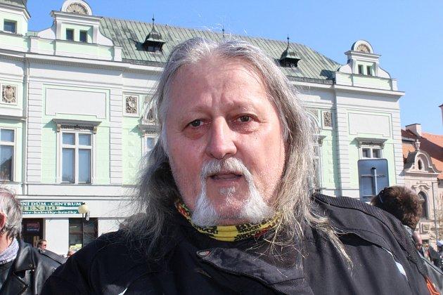 Stanislav Rück zMělníka se zúčastnil zahájení motorkářské sezony vPoděbradech už po sedmé.
