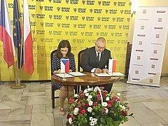 Podpis dohody.