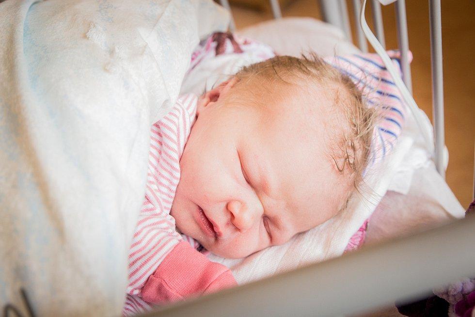 Beáta Krejčí, Městec Králové. Narodila se 10. června 2020 v 16.42 hodin, vážila 3 420g a měřila 48 cm. Na holčičku se těšili rodiče Martina a Ladislav a malý Sebastian (3 roky). (porodnice Nymburk)