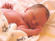 MATYÁŠ HÁLA se narodil 4. května 2018 ve 4.46  hodin s délkou 54 cm a váhou 3 930 g. Chlapeček byl krásné překvapení pro rodiče Marka a Janu a brášku Dominika z Dymokur.