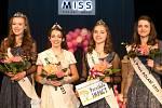 Miss Polabí se stala Natálie Romportlová (druhá zleva). První vicemiss se stala Sabina Uxová (vlevo), druhou vicemiss pak Alice Kosičková. Miss Press se stala Eliška Moravcová (zcela vpravo).